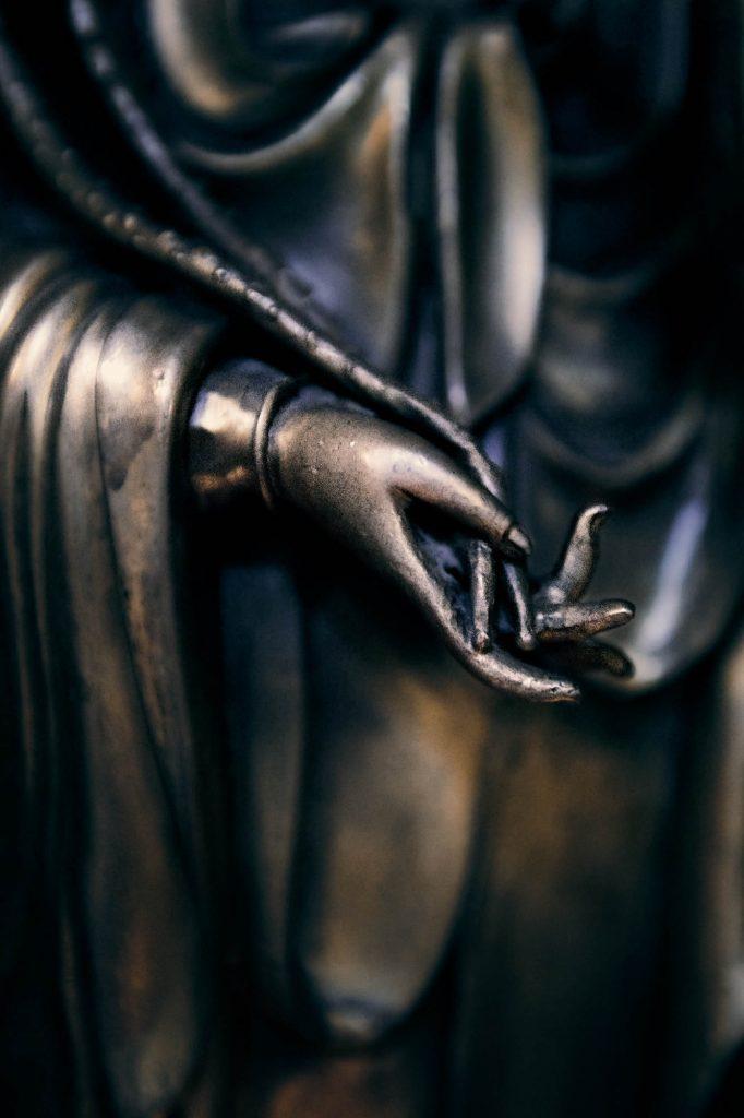 JN2_1391_AvalokiteshvaraStatue_bew1b.jpg